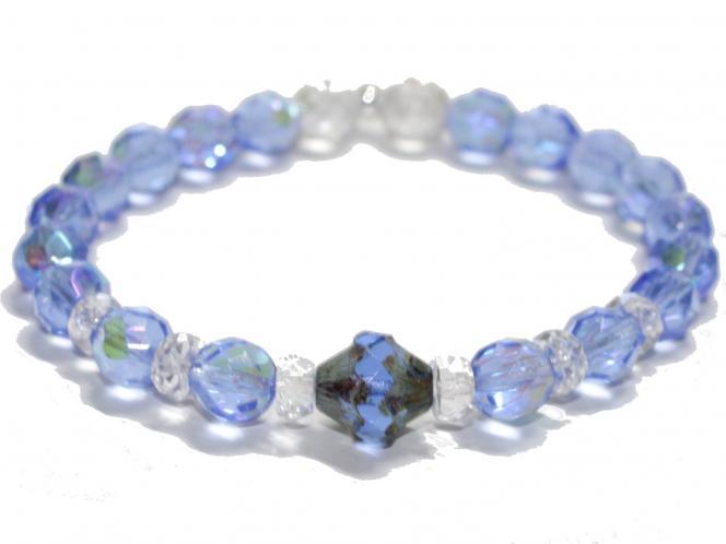Armband in Meerblau mit Glasschliffperlen